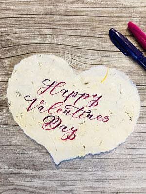 Simply-NeW-Art-Nelly-Wüthrich-Handlettering-Brushlettering-Faux-Calligraphy-Lettering-Kinder-Workshop-Bern-Brienz-Thun-Gwatt-Wichtrach-Happy-Valentines-Day