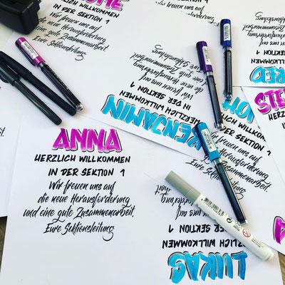 Simply-NeW-Art-Nelly-Wüthrich-Kehrli-Auftragsarbeit-Sanitätspolizei-Bern-Brushlettering-Handlettering-Lettering