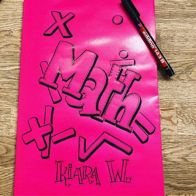 Simply-NeW-Art-Nelly-Wüthrich-Kehrli-Handlettering-Brushlettering-Faux-Calligraphy-Lettering-Kinder-Workshop-Bern-Brienz-Thun-Gwatt-Wichtrach-Mathheft