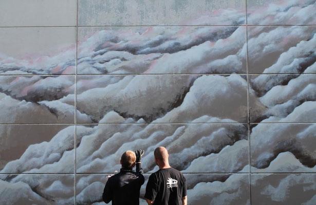 Erste Impressionen von dem entstehenden Kunstwerk - THERE ARE NO LIMITS IN THE SKY - 11.05.2015