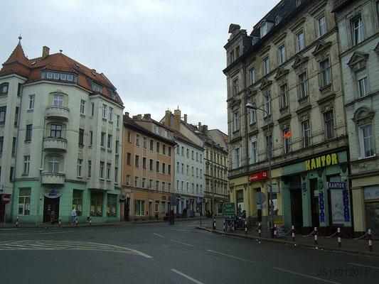 Oberleitungsrosette damalige Reichenberger Str. (Strecke bog nach rechts in die Prager Str.)