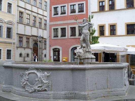 """Neptunbrunnen """"Gabeljürgen""""  Untermarkt (1756)"""