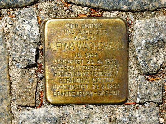 Struvestr. vor der Heilig-Geist-Kirche, Wachsmann war dort Pfarrer und bekam 2018 als erster Nichtjude einen Stolperstein in Görlitz