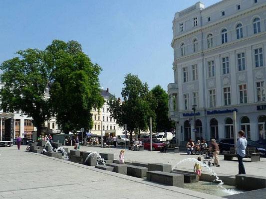 Wasserband Marienplatz (2002)