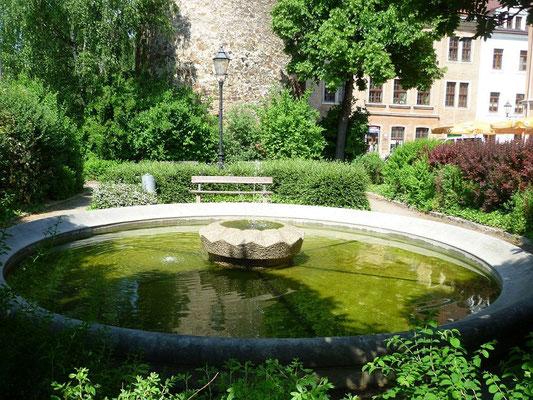 Springbrunnen am Nikolaiturm