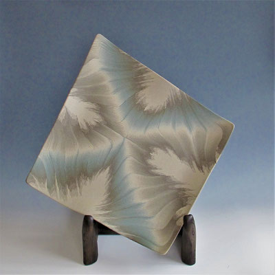 `The Cloud Castle` neriage(marbleized) slub plate 47.0*46.2*5.0(㎝/H)