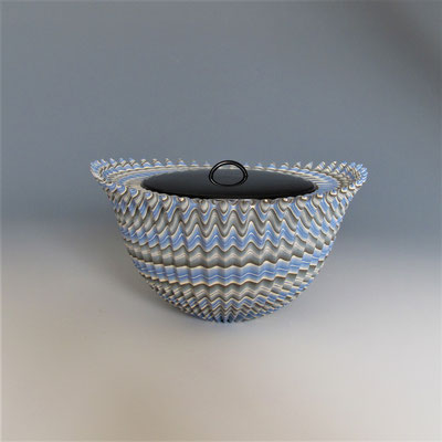 """Thorn""neriage(marbleized) fresh warter pot with carved pleated surface 20.8*12.0 (㎝/H)"