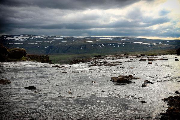 Flussquerung oberhalb des Glymur