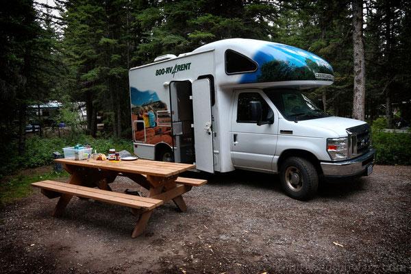 Frühstück auf dem Bow Valley Campground