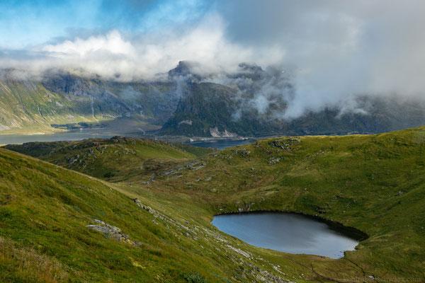 Bergsee auf dem Weg zum Ryten