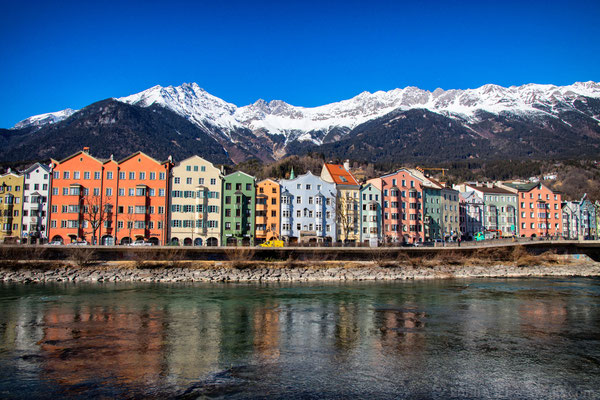Innsbruck und die Berge