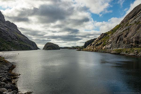 zum Fischerdorf Nusfjord