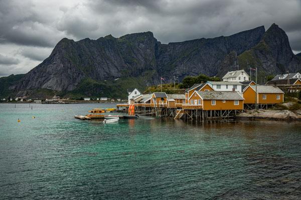 Sakrisøy und das türkise Wasser