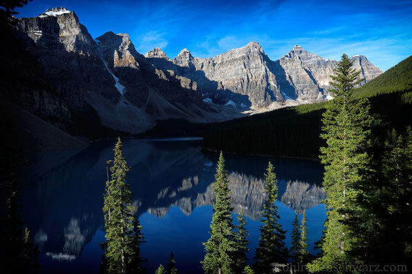 Moraine Lake am Morgen