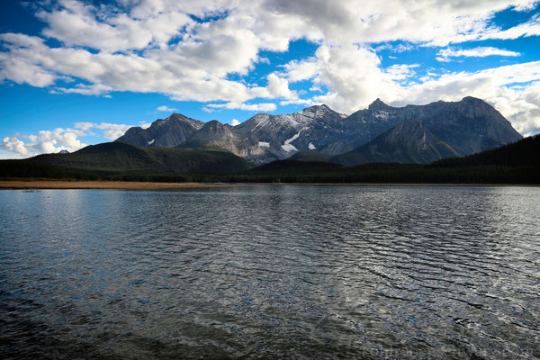 am Lower Kananaskis Lake