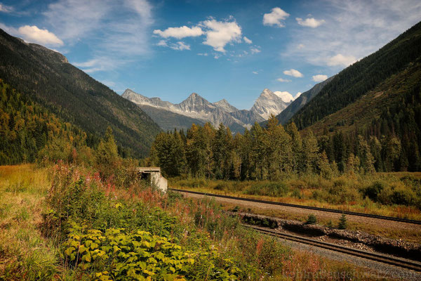 Mt. Sir Donald und die Railway