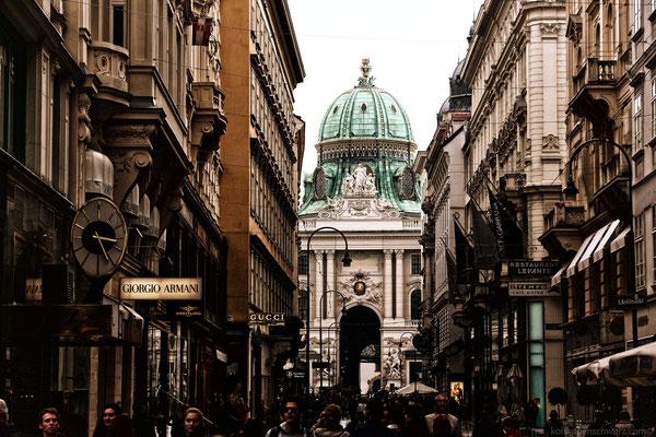 Blick zum Eingang der Wiener Hofburg