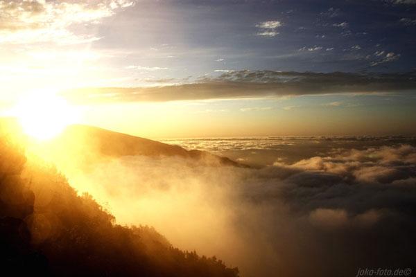 Sonnenuntergang über den Wolken...