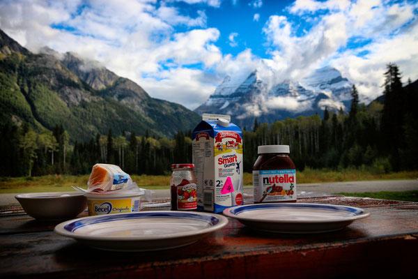 Frühstück am Mount Robson