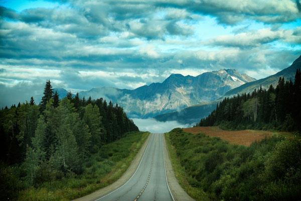 Auf dem Highway Richtung Westen