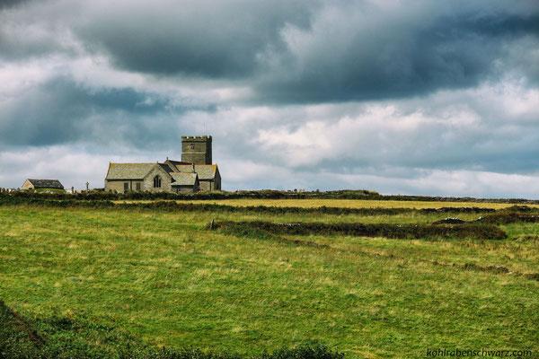 historische Kirche von Tintagel - Nordküste