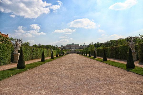 Schloss Belvedere samt Gartenanlage