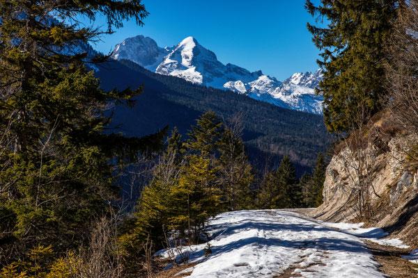 Blick zur Alpspitze