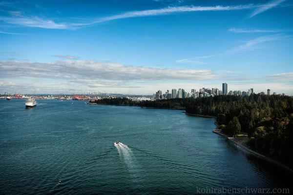 Blick nach Vancouver entlang des Stanley Park