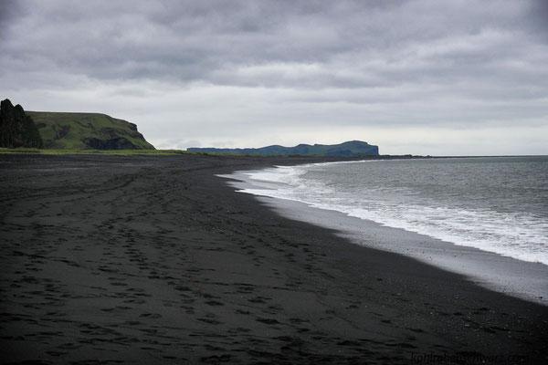 schwarzer Strand in Vik