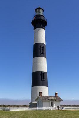 Das Bodie Island Lighthouse ist 48 Meter hoch