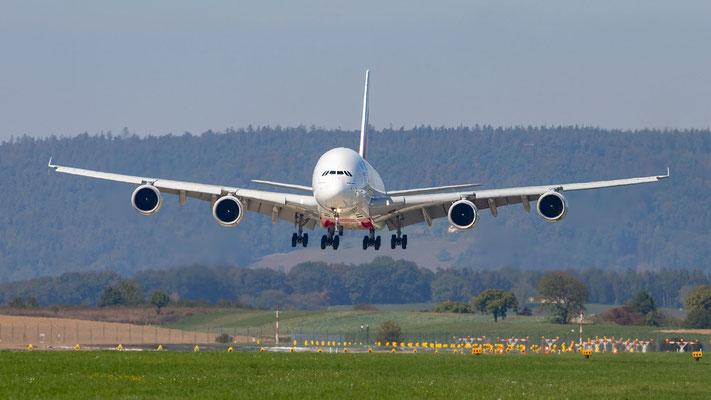 Landeanflug Emirates Airbus A380-861 – A6-EEJ – Piste 14 – 17.09.2018