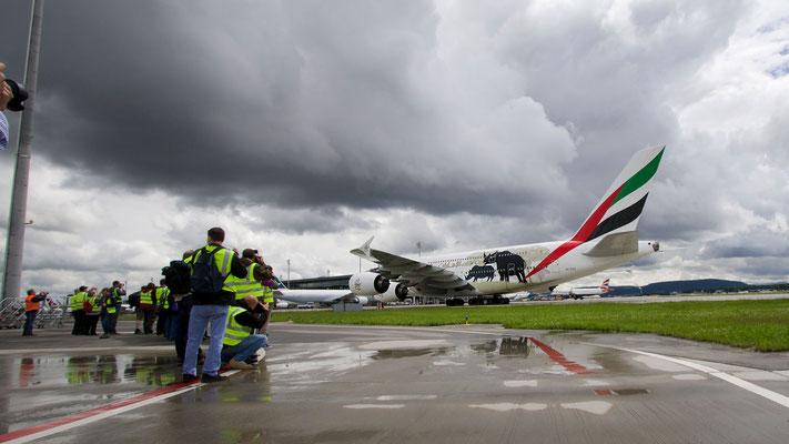 Vorfeldtour – Flughafen Zürich – Emirates Airbus A380-800 United for Wildlife – 03.06.2016