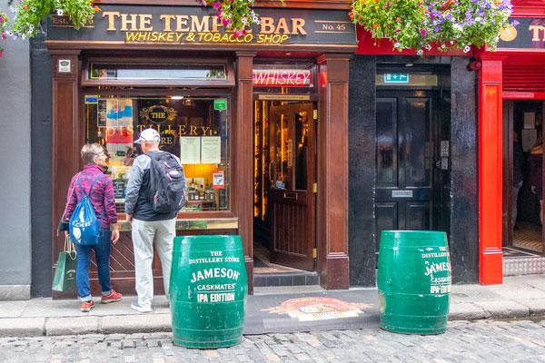 Temple Bar hat seinen Namen vermutlich von der Familie Temple, die in dieser Gegend im 17. Jahrhundert lebte.