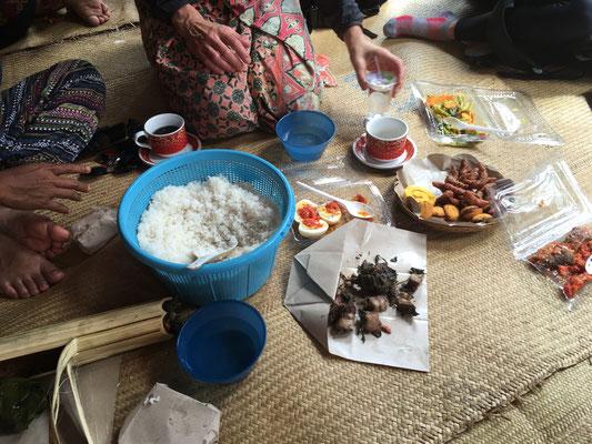 Zeremonie - Tana Toraja - Sulawesi - travelumdiewelt.com