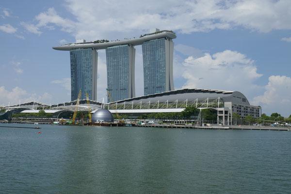 Marina Sands Bay Hotel - Marina Bay - Riverwalk - Singapur - travelumdiewelt.com