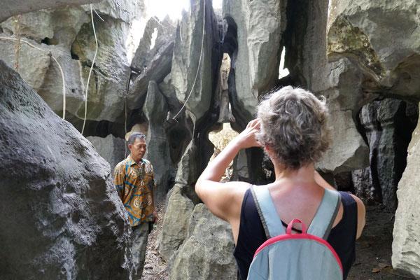 Stone Hill - Geheimtipp - Süd Sulawesi - Makassar - travelumdiewelt.de