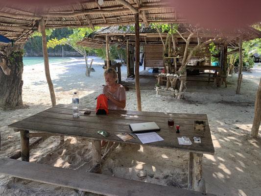 Insel Paradies - Lia Beach Resort - Togian Islands - Sulawesi - travelumdiewelt.de