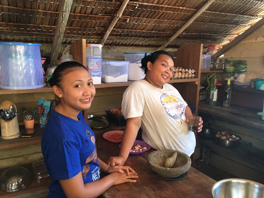 Köchin im Paradies - Togian Islands - Sulawesi - travelumdiewelt.de