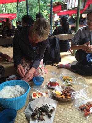 Zeremonie - Tana Toraja - Sulawesi - Indonesien - travelumdiewelt.de