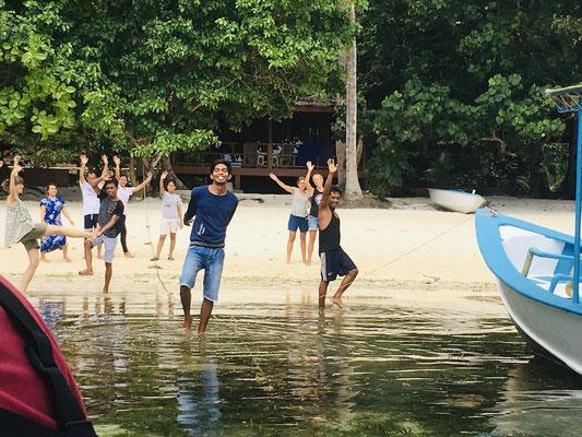 Abschied vom Harmony Bay Resort - Unterkunft - Togian Islands - travelumdiewelt.de