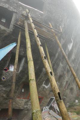 Felsengräber - Tana Toraja - Sulawesi - travelumdiewelt.de
