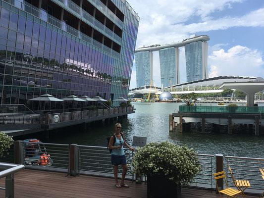 Wolkenkratzer - Marina Sands Bay - Marina Bay - Singapur - travelumdiewelt.com