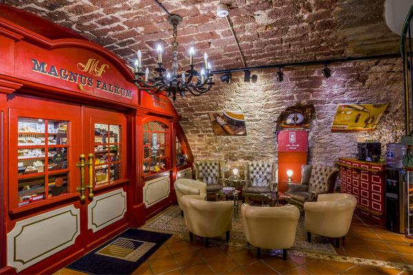 Tabakhaus Falkum - Miltenberg. Alec Bradley Lounge