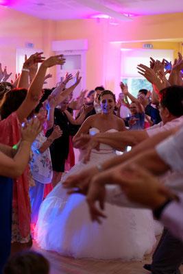 Mariage A&Q - L'entrée des mariés - Fougerolles - Haute-Saône
