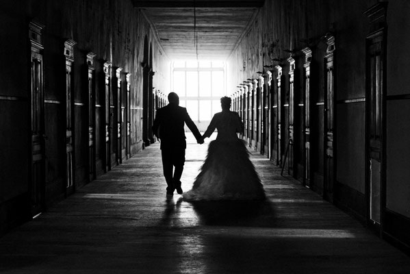 Mariage E&R - Photo de couple - Abbaye de Faverney - Haute-Saône