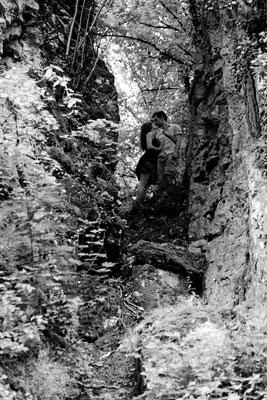 Séance photo couple engagement Gwenaelle et Franck - Grotte de Solborde - Echenoz-La-Méline - Haute-Saône