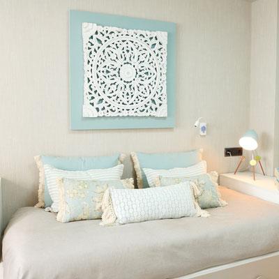 cojines, tonos neutros, decoración, diseño de interiores