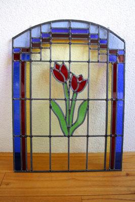 Voorzetraam Tulp rood. Artikelnr. L03