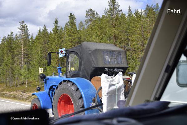 Mit dem Traktor zum Nordkap