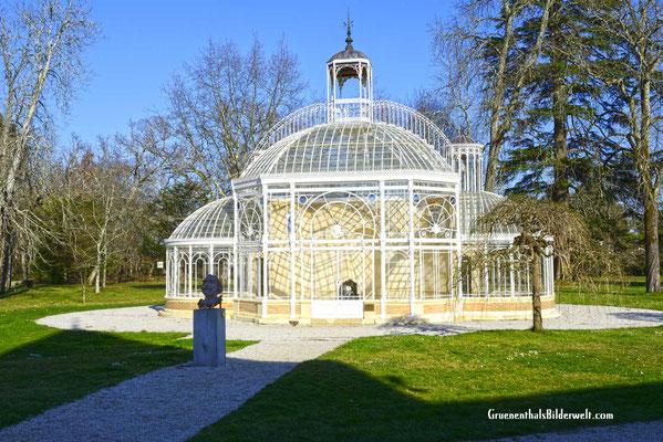 Das Gewächshaus Laurenzane ist  ein Werk von Gustave Eiffel.